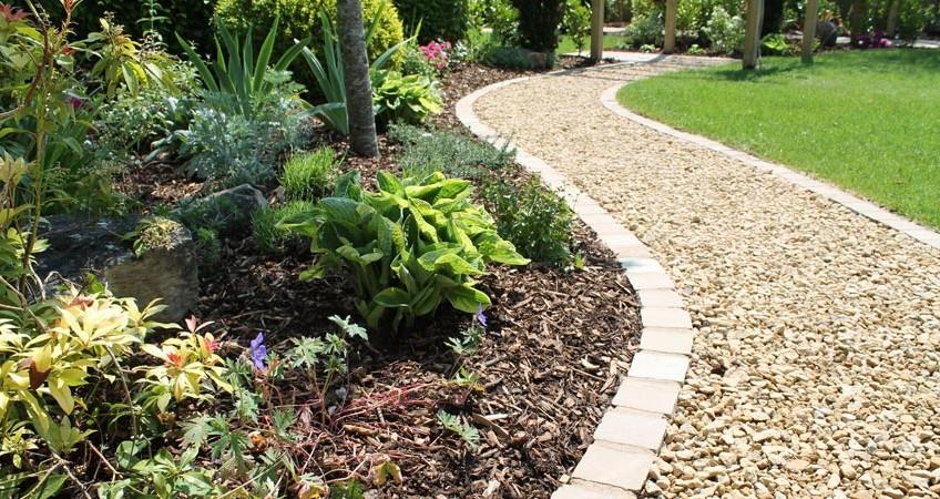 Garden archives escapes landscaping fareham for Hard surface garden designs
