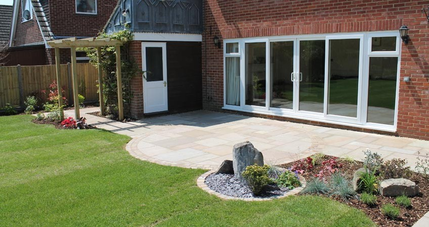 patio-escapes-landscaping-fareham-portfolio-2
